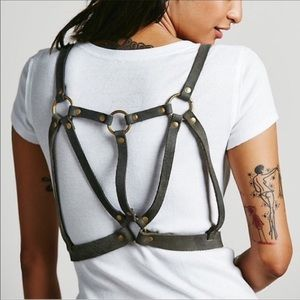 Iso  I'm looking to buy free people harness